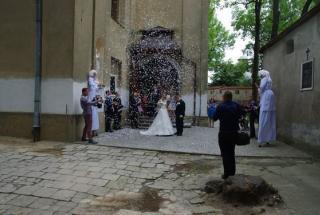 atrakcje na ślub, atrakcje na wesele, Szczudlate anioły, szczudlarze, Szczudlarze anioły